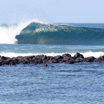 Viajar en Busca de Olas // Islas Galapagos